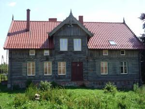 1903 erbautes Mennonitenhaus aus Holz an der Weichsel