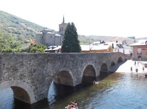 die Pilgerbrücke von Molinaseca